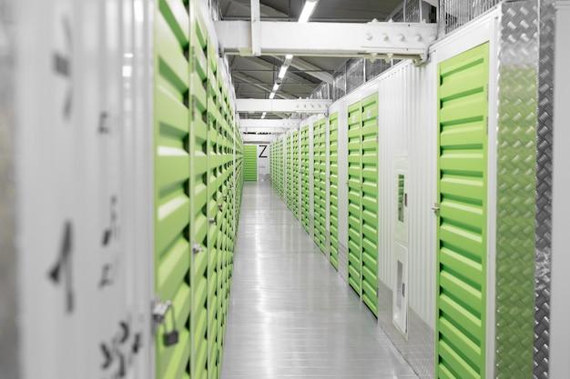 Centro logístico con unidades de almacenamiento