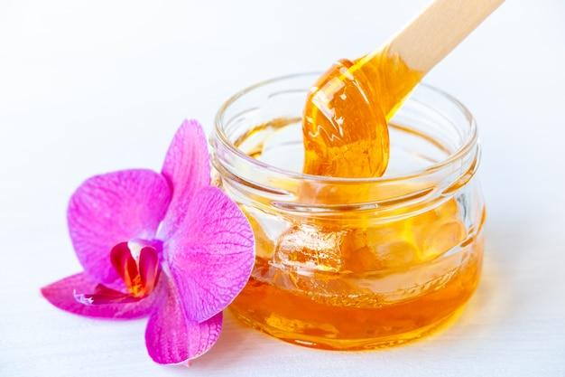Cera miel y flor