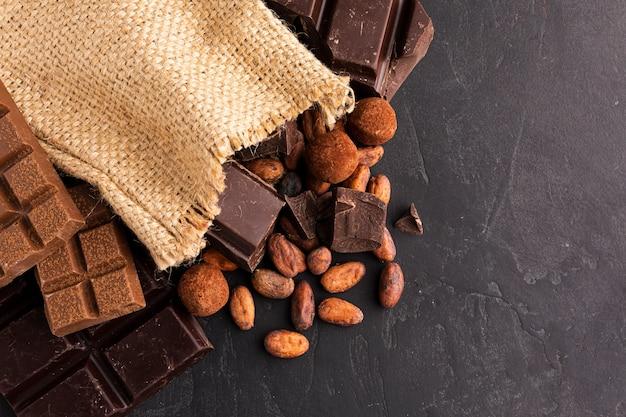 Cerca de granos de cacao