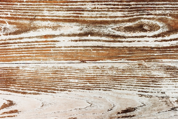 Cerca de un suelo de madera antiguo