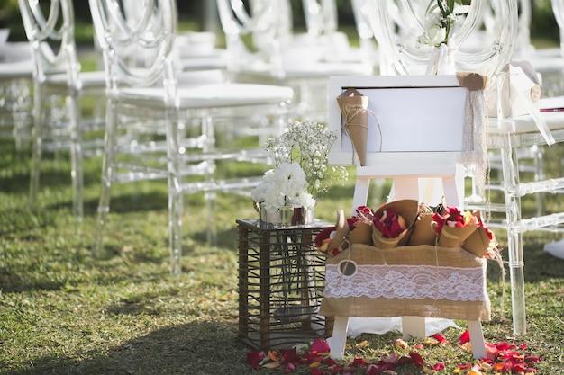Ceremonia de boda romántica en la playa