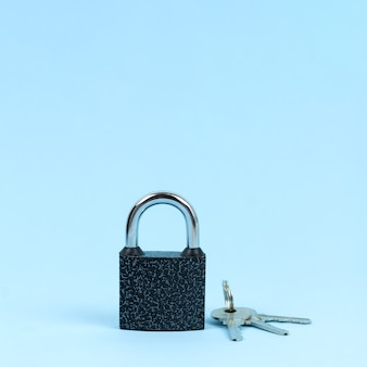Cerradura y llaves como símbolo del concepto de seguridad.