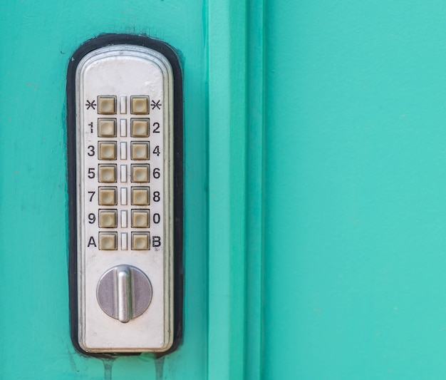Cerradura de puerta con teclado