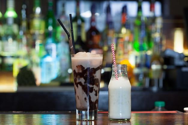 Cerrar en deliciosas bebidas