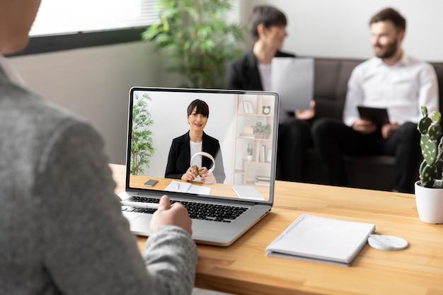 Cerrar videollamadas de colegas