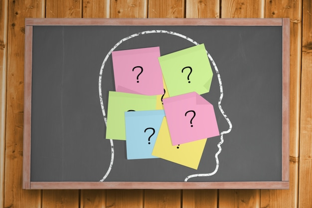 Chalk head con signo de interrogación publicar notas