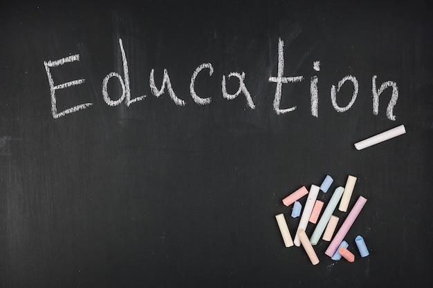 Chalk inscripción educación