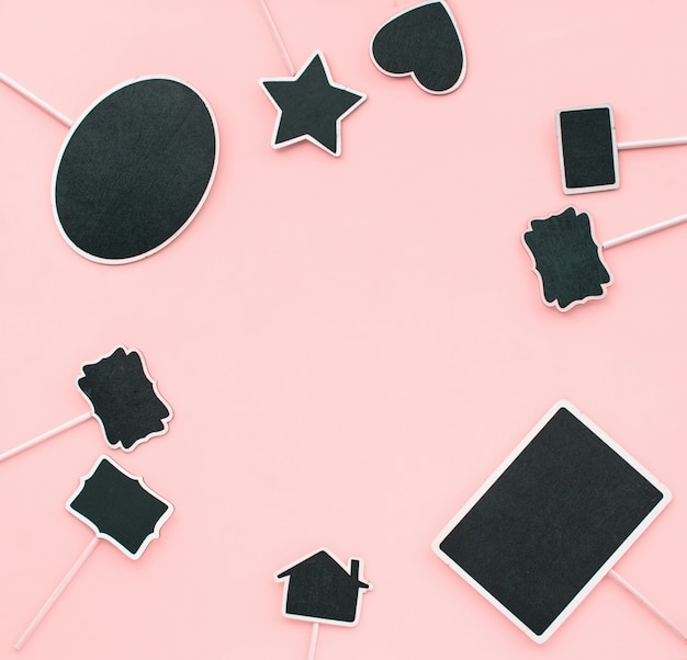 Chalkboard frames pareja objetos fiesta invitación