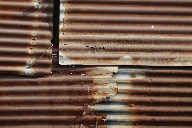 Chapas de metal oxidadas