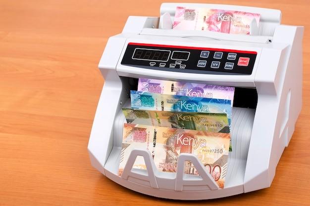 Chelines kenianos en la máquina de contar