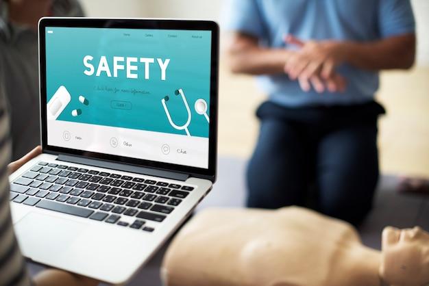 Chequeo de seguridad médica de aid healthcare