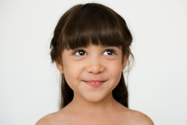 Chica worldface-french en un fondo blanco.