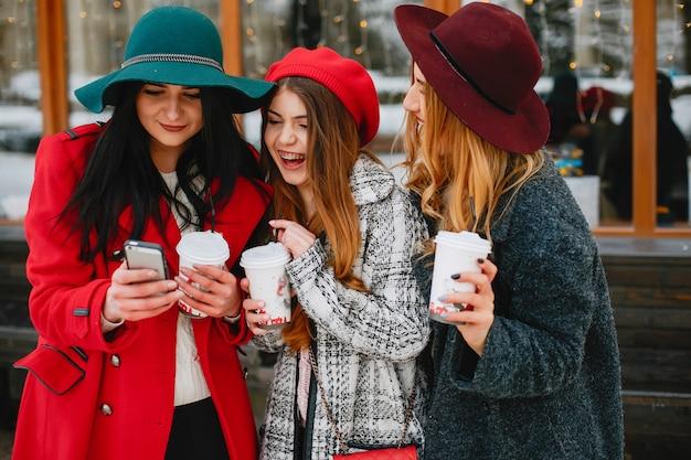 Chicas en invierno