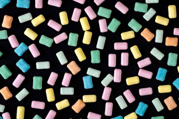 Chicle de cerca de colores brillantes
