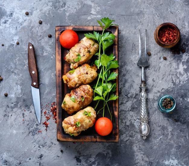 Chuletas de pollo con champiñones