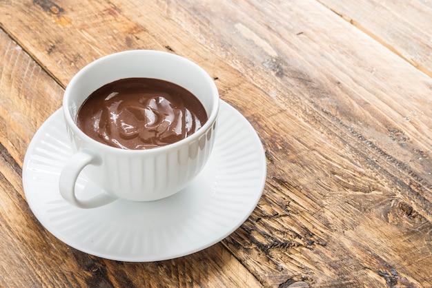 Churros con chocolate típico dulce español