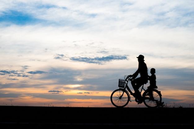 Ciclismo, sol, condición física, muchacho, cielo