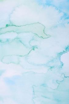 Cielo azul en fondo acuarela de luz del día