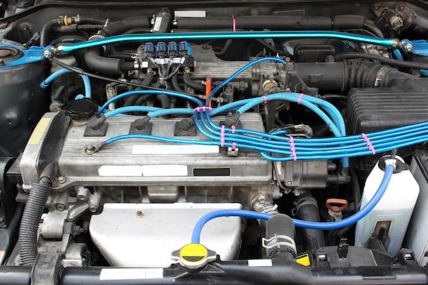 Cierre motor y cables azules