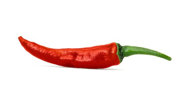 Ciérrese encima de hermoso del chile de la pimienta roja aislado