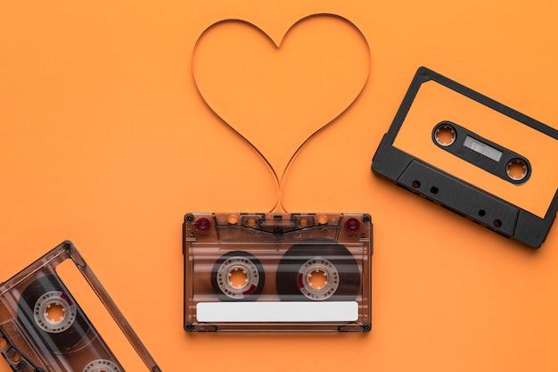 Cinta de casete con película de grabación magnética