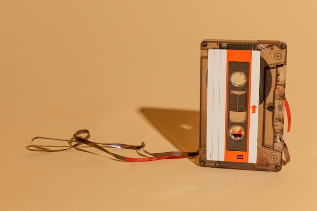 Cinta de cassette de la vieja escuela Foto gratis