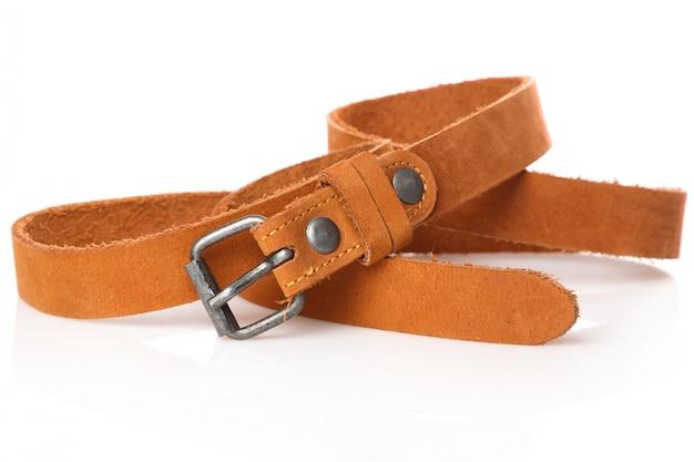 Cinturón de cuero marrón