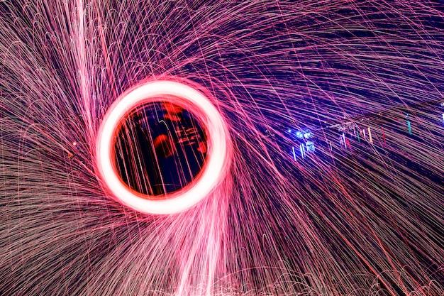 Círculo de fuego brillante