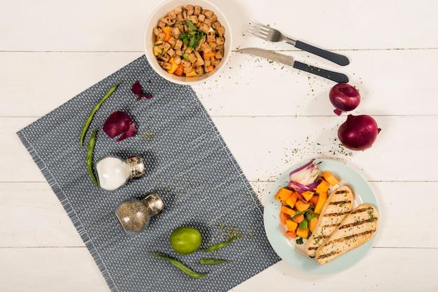 Círculo de ingredientes y platos de cocina.