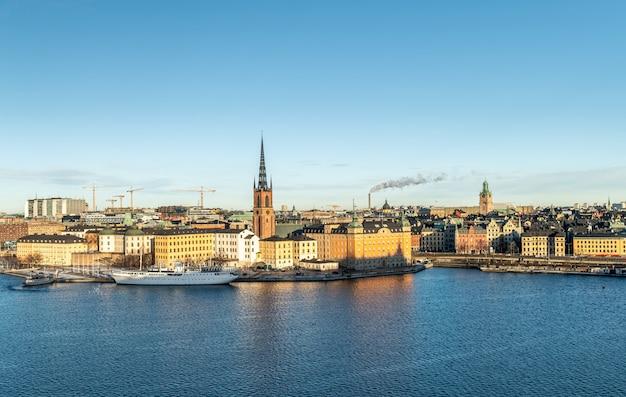 La ciudad de estocolmo en suecia.