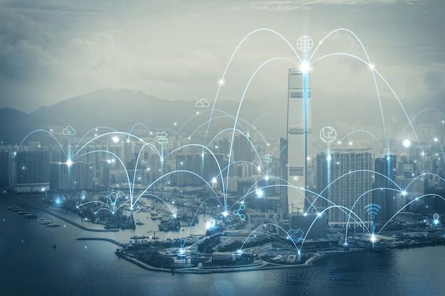 Ciudad inteligente y concepto de red de comunicación. iot (internet de las cosas). tic (red de información y comunicación).