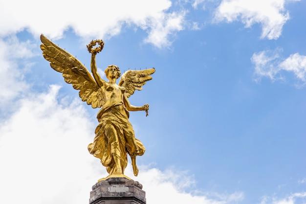 Ciudad de méxico, monumento al ángel de la independencia
