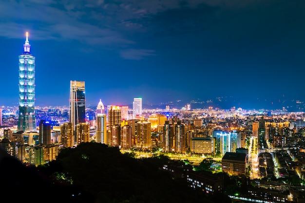 Ciudad de taipei en la noche, taiwán