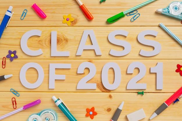 Clase de 2021 felicitaciones graduado
