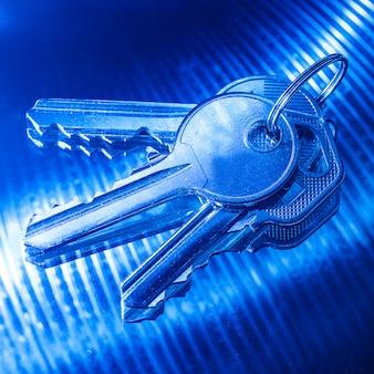 Claves en color azul
