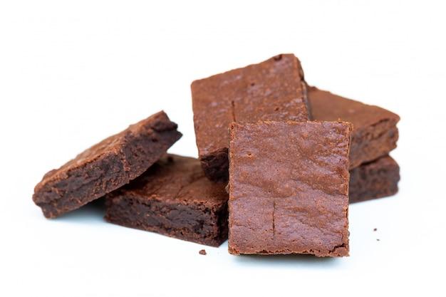 Close up brownies de chocolate caseros con espacio de copia