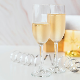 Close-up copas de champán espumosos
