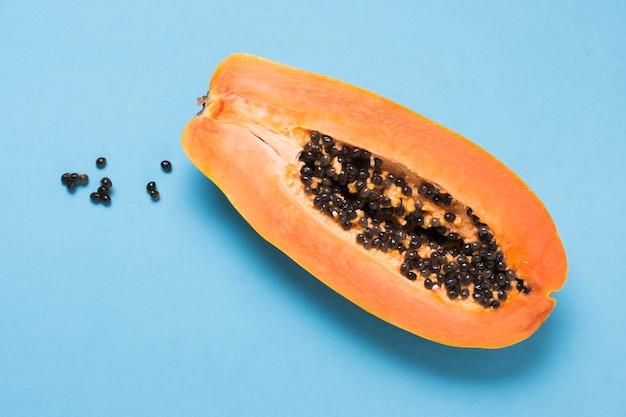 Close-up deliciosa papaya lista para ser servida