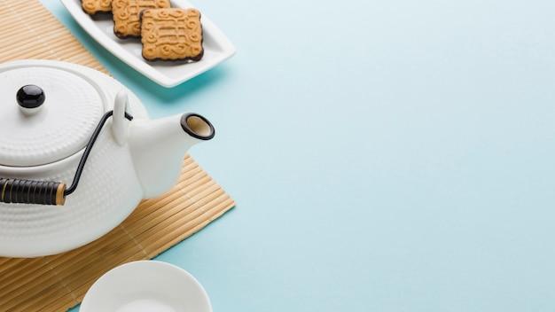 Close-up deliciosas galletas con espacio de copia