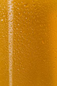 Close-up sabrosa cerveza en vidrio transparente