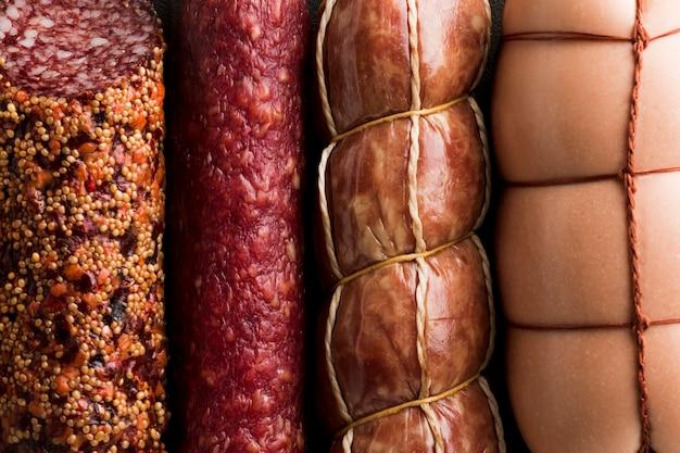Close-up variedad de deliciosa carne de cerdo