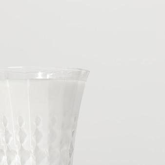 Close-up de vaso de leche con espacio de copia