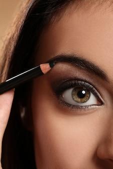 Closeup imagen del ojo de la mujer