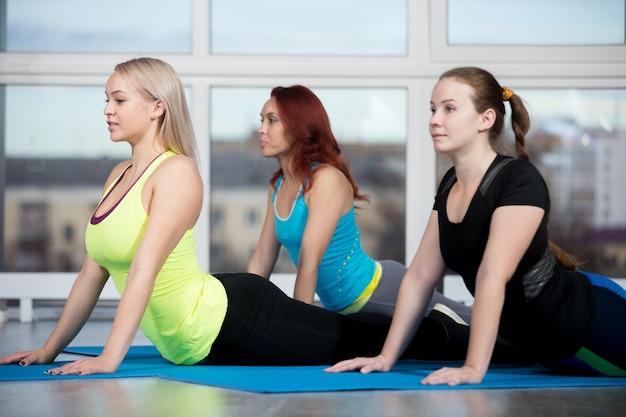 Cobra pilates ejercicio