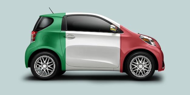 Coche de italia con bandera italiana