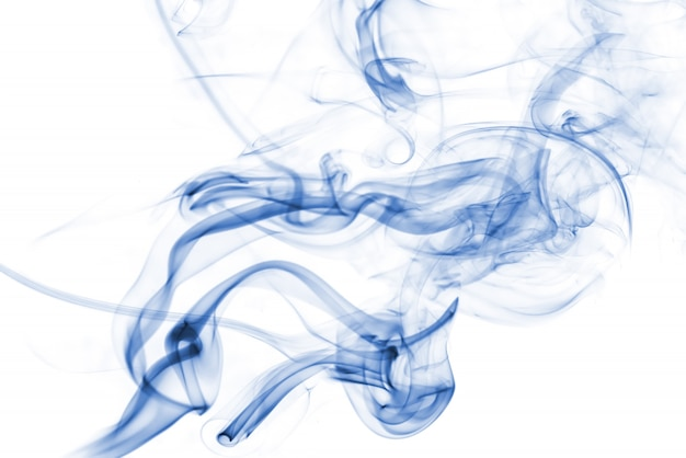 Colección de humo azul sobre fondo blanco