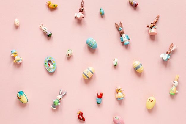 Colección de juguetes para la celebración de pascua