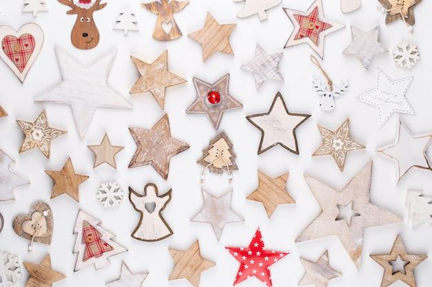 Colección navideña, regalos y adornos decorativos