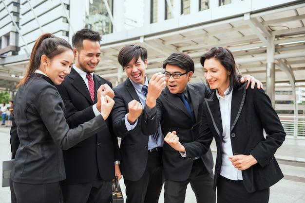 Colega de negocios internacionales animar