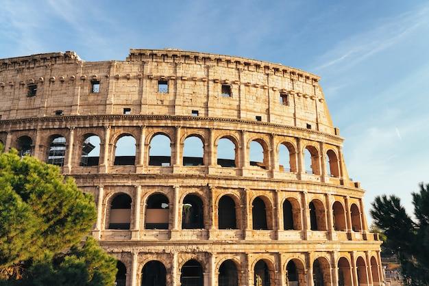 Coliseo de roma o teatro coliseo
